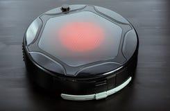 Aspirapolvere del robot Fotografia Stock Libera da Diritti