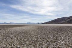 Assèche Zzyzx dans le désert de Mojave images libres de droits