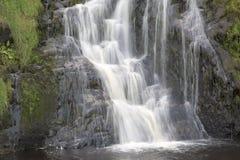 Assaranca瀑布, Ardara, Donegal,爱尔兰 免版税库存图片