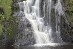 Assaranca siklawa, Ardara, Donegal, Irlandia Obrazy Royalty Free