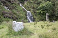Assaranca vattenfall, Ardara, Donegal, Irland Arkivbild