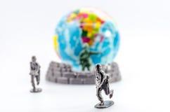 Assassinez du mini jouet en plastique de soldat Images libres de droits
