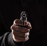 Assassino com arma Fotos de Stock