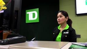 Assegno del deposito del lavoratore della Banca del TD per il cliente video d archivio