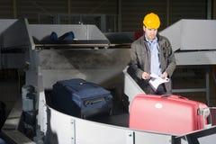 Assegno di bagagli all'aeroporto Fotografia Stock