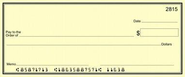 Assegno giallo con i numeri di cliente falsi immagine stock