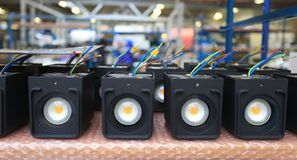 Assemblée de matériel électronique à la fabrication photographie stock libre de droits