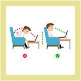 Assento correto, posição do uso do portátil Imagens de Stock Royalty Free