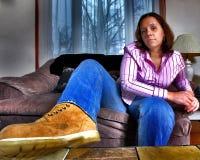 Assento da mulher nova, HDR Fotos de Stock