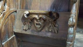 Assento de dobradura na igreja medieval fotos de stock royalty free
