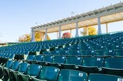 Assento vazio do estádio no grande anfiteatro Imagem de Stock