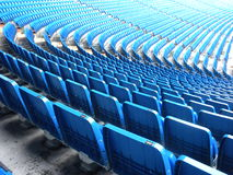 Assentos azuis do estádio Fotos de Stock Royalty Free