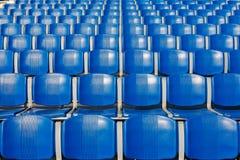 Assentos do estádio imagens de stock