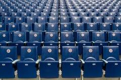 Assentos do estádio de Fenerbahce Sukru Saracoglu em Istambul, Turquia fotografia de stock royalty free