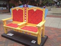 Assentos em Stamford, Connecticut da rua Imagens de Stock