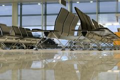 Assentos no aeroporto Imagens de Stock