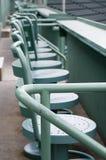 Assentos no monstro verde Foto de Stock Royalty Free