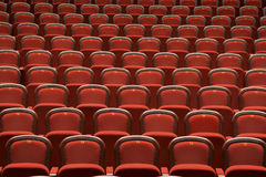 Assentos no teatro vazio Fotografia de Stock
