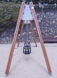 Assentos para bebês no parque imagem de stock