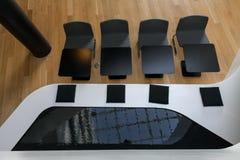 Assentos preto e branco Foto de Stock Royalty Free