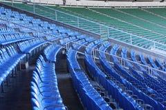 Assentos verdes do estádio imagem de stock royalty free