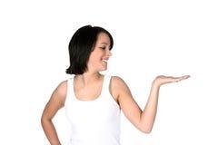 Assez de l'adolescence avec la paume haute et distribuez Image stock