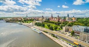 Assi di Chrobry - di Szczecin ed argine del fiume di Odra Paesaggio della città con la vista dell'occhio del ` s dell'uccello Fotografia Stock Libera da Diritti