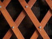 Assicella di legno attraversata Fotografia Stock