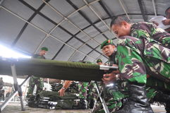 Assicuri l'arrivo unito del membro di Gafatar del personale al porto del EMAS Samarang di Tanjung Fotografia Stock Libera da Diritti