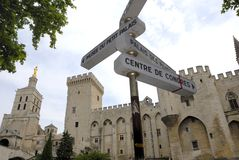 Assine dentro Avignon foto de stock