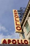 Assine fora do teatro de Apollo em Harlem, New York Imagem de Stock