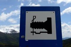 Assine o lugar do ` para fotografar o ` no lago Fagnano fotos de stock royalty free