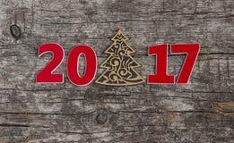 Assine o símbolo do número 2017 no estilo retro velho b de madeira do vintage Imagens de Stock Royalty Free