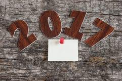 Assine o símbolo do número 2017 no estilo retro velho b de madeira do vintage Fotos de Stock Royalty Free