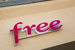 Assine para livre, um dos provedores de Internet principais em França Foto de Stock Royalty Free