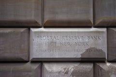 Assine a tabela do banco de Federal Reserve de New York imagens de stock royalty free