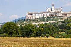 Assisi, Italia Vista de la basílica de San Francisco Foto de archivo libre de regalías