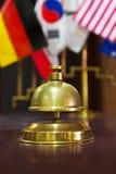 Assista la campana dell'anello su una ricezione dell'hotel Fotografia Stock Libera da Diritti