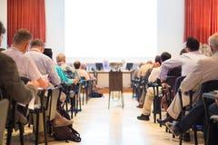 Assistance à la salle de conférences Image stock