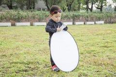 Assistente esperto da fotografia da criança Fotografia de Stock Royalty Free