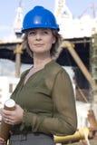 Assistente tecnico della piattaforma petrolifera della donna fotografie stock libere da diritti