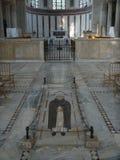 Assoalho de mármore da igreja de Saint Sabina no distrito Aventino em Roma, Itália Fotos de Stock Royalty Free