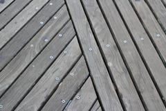 Assoalho de madeira no passeio à beira mar Fotos de Stock Royalty Free
