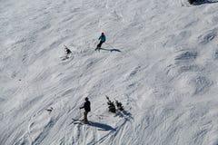 Assobiador preto de esqui BC Canadá das inclinações imagens de stock royalty free