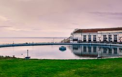 Associação do esporte de barco e café, Ramsgate, Kent, Reino Unido fotos de stock royalty free