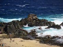Associação natural na costa norte de Aruba foto de stock royalty free