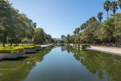 Associação refletindo do parque de Farroupilha ou do parque de Redencao em Porto Alegre, Rio Grande do Sul, Brasil fotografia de stock