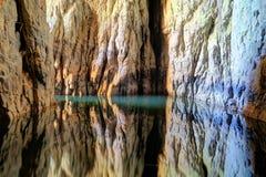 Associação reflexiva em cavernas de Skocjan, um de UNESCO's natural e cu imagens de stock royalty free