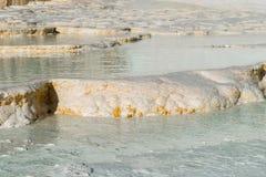 Associações do travertino e terraços naturais, Pamukkale Fotografia de Stock