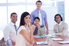 Associados de negócio internacionais em uma reunião imagem de stock royalty free